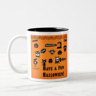 Kusliga Crawlies Halloween Två-Tonad Mugg