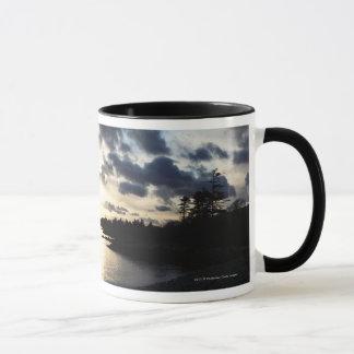 Kust- Silhouette i ståndsmässiga Kerry, Irland Mugg