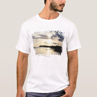 Kust- Silhouette i ståndsmässiga Kerry, Irland Tee Shirt
