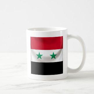 Kvadrera flagga av Syrien, den draperade Vit Mugg