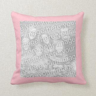 Kvadrera rosagränsfotoet dekorativ kudde