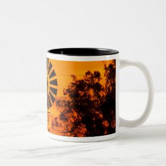 Kvarn på solnedgången, Australien Två-Tonad Mugg