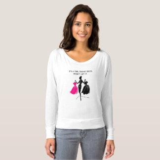 Kvinna Bella+Kanfas Flowy knuffar av skjortan T-shirt