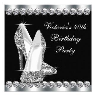 Kvinna födelsedagsfest för elegantsvart kort för inbjudningar