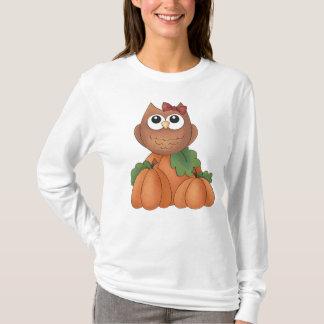 Kvinna för pumpa för uggla för höstnedgångskörd tshirts