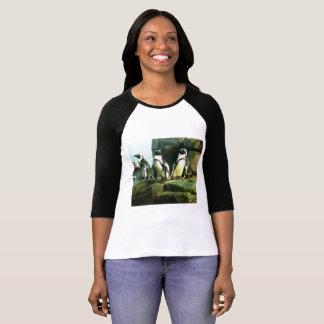 Kvinna pingvint-skjorta tee shirts