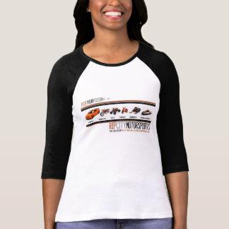 Kvinna plocka din utslagsplats för Motorsports för Tshirts