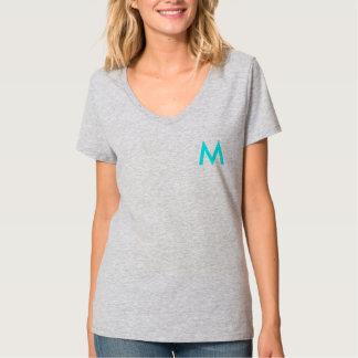 kvinna v-nacke skjorta med M Tee Shirt