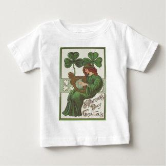 Kvinnaharpa av den Erin shamrocken Tee Shirt