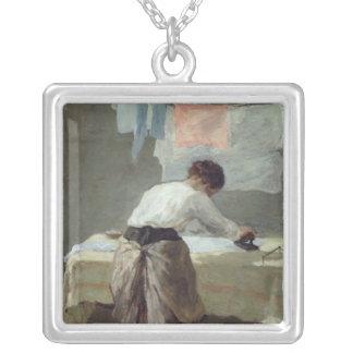 Kvinnastrykning Silverpläterat Halsband
