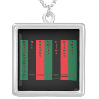 Kwanzaa sju principhalsband silverpläterat halsband