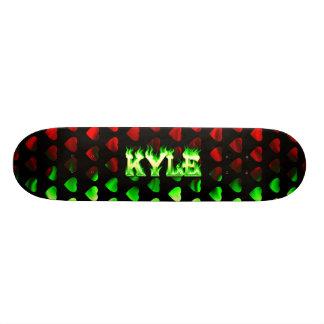Kyle skateboardgrönt avfyrar och flammar design skateboard bräda 21,5 cm