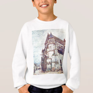 Kyrka på Moret efter regna av Alfred Sisley T-shirt