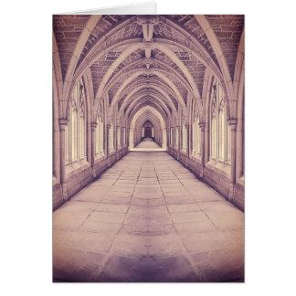 Kyrklig korridor för vintage hälsningskort
