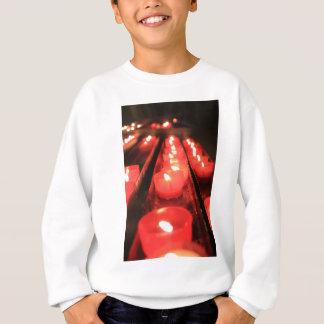 Kyrkliga bönstearinljus tee shirts