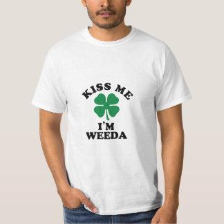 Kyssa mig, Im WEEDA Tee