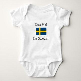 Kyssa mig! Mig förmiddagsvensk T-shirt
