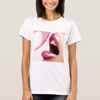 kyssar t-shirts
