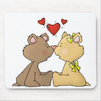 kyssen uthärdar bröllopsfestgåvan musmattor