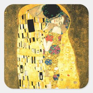 Kyssen vid den Gustav Klimt art nouveau Fyrkantigt Klistermärke
