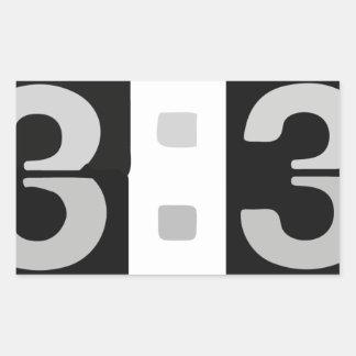 L33T tar tid på 13:37 Rektangulärt Klistermärke