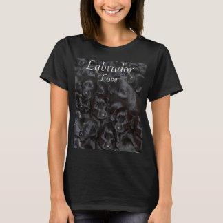 Labrador kärlek, svart puppies. t-shirts