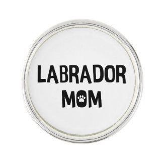 Labrador mamma rockslagsnål