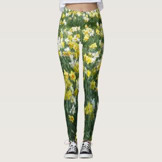 Lägga benen på ryggen för påskliljavår blommor leggings