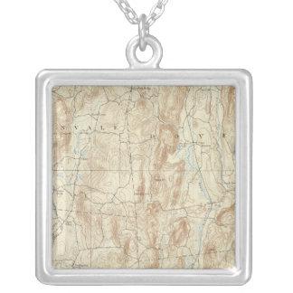 Lakan för 15 kryddnejlika silverpläterat halsband