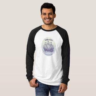 Lake Erie som högväxt frakter för reser novelty, Tee Shirt