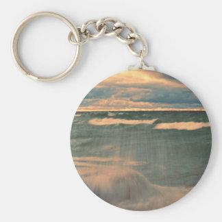 Lake Superior - stormig solnedgång Rund Nyckelring