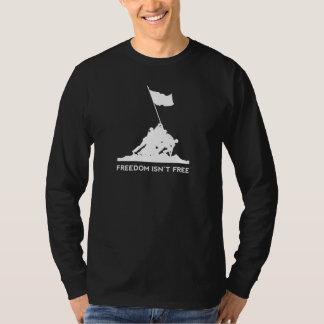 Land av det fritt, på grund av indiankrigaren t-shirt