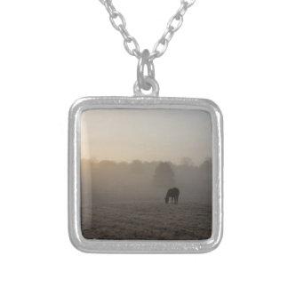 Landmorgon Silverpläterat Halsband