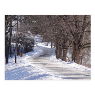 Lång vinterväg vykort