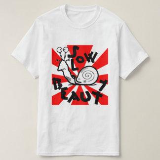 Långsam skönhet tee shirts
