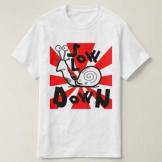 Långsamt besegra! t shirts
