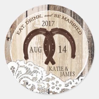 Lantlig Wood snörehästskolandsbyggsbröllop Runt Klistermärke