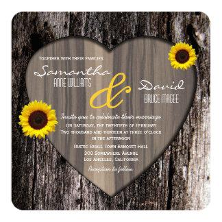 Lantligt bröllop för för trädskällhjärta och skräddarsydda inbjudan
