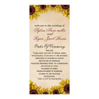 Lantligt solrosbröllop reklamkort