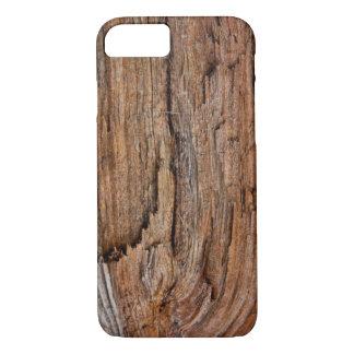 Lantligt trä