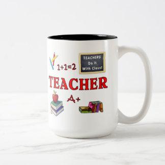 Lärare gör det med klassificerar Två-Tonad mugg