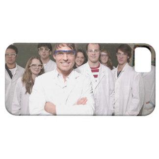 Lärare med studenter i vetenskap klassificerar iPhone 5 Case-Mate skydd