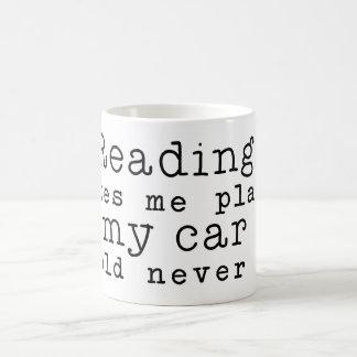 Läsning tar mig ställen kaffemugg