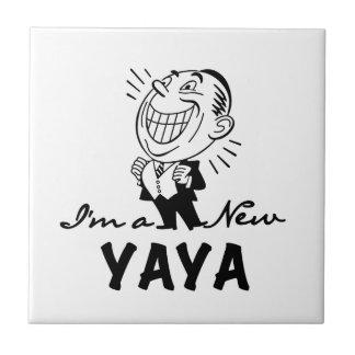 Le nya Yaya Tshirts och gåvor Kakelplatta