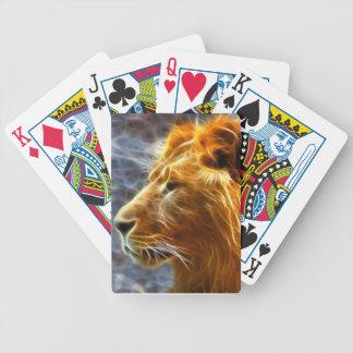 Lejon fantasi som leker kort spelkort