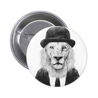 Lejon herr standard knapp rund 5.7 cm