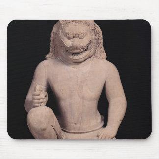 Lejon-hövdad förmyndare, Banteay Srei stil, c.967 Musmatta