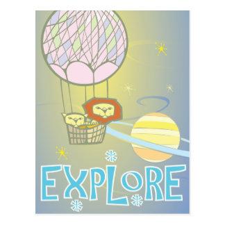 Lejon i utrymmeballong vykort