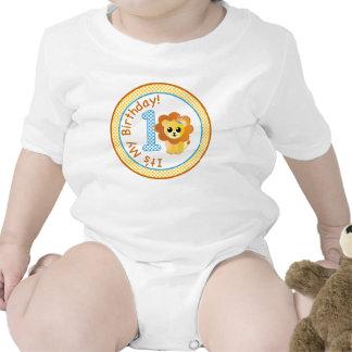 Lejon t-skjorta för första födelsedag, 1st krypdräkt