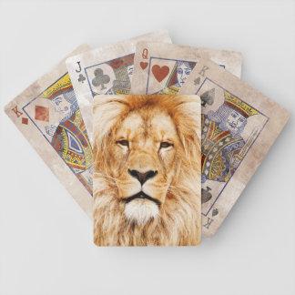Lejona leka kort spelkort